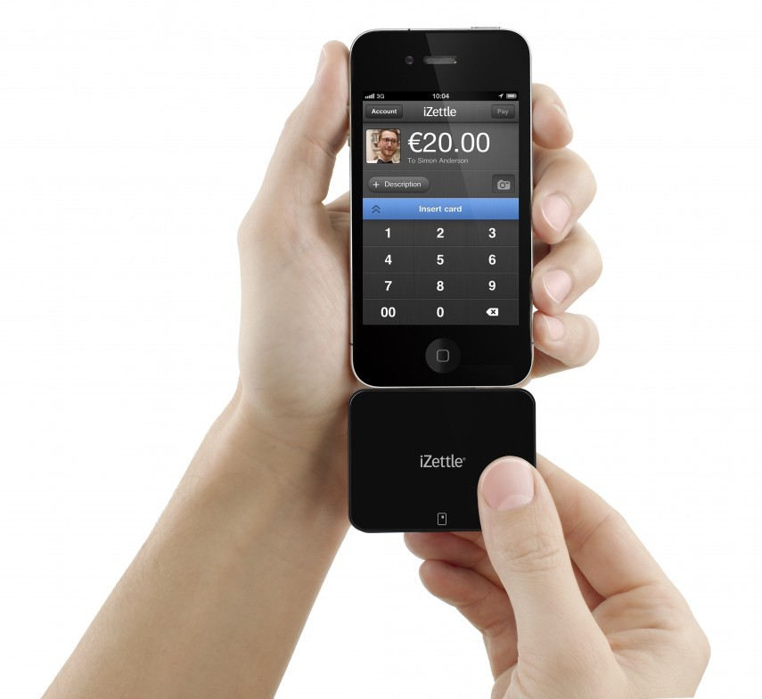 izettle-reader-with-phone-in